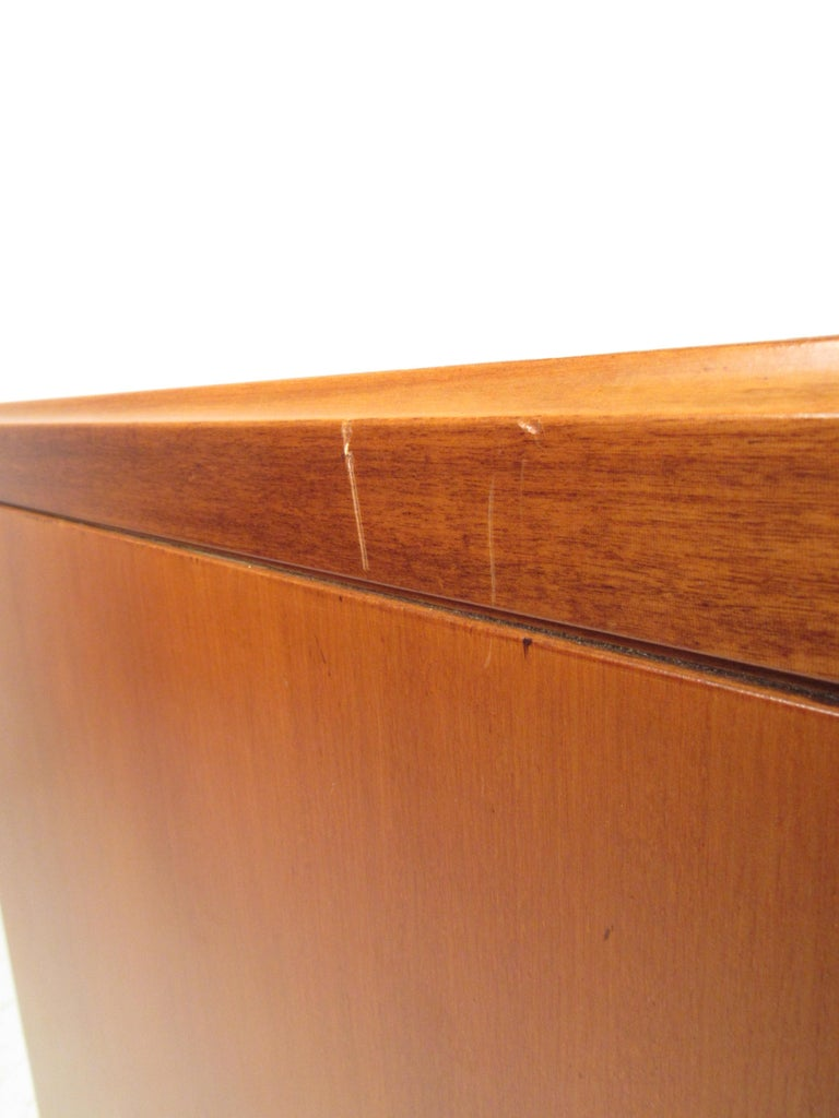 Petite Mid-Century Modern Credenza For Sale 10