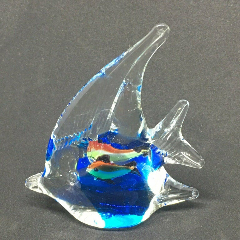 Petite Murano Glass Aquarium Paper Weight Mid-Century Modern, Italy, 1970s In Good Condition For Sale In Nürnberg, DE