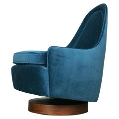 Petite Swivel Rocking Lounge Game Chair by Milo Baughman for Thayer Coggin