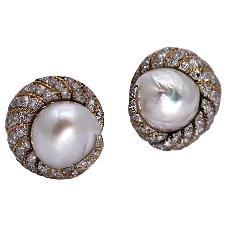 Petochi Yellow and White Gold Earrings with Diamonds and South Sea Pearls For Sale