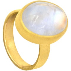 Petra Class 11.0 Carat Oval Rainbow Moonstone Cabochon High Karat Gold Ring