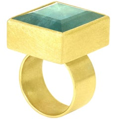 Petra Class 28 Carat Blue Green Faceted Aquamarine Square Gold Statement Ring
