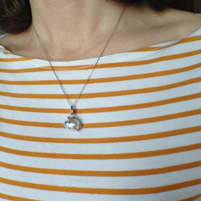 Black Diamond White 18 Kt Gold Pearl Pendant/Necklace and Charm Mouse Made in IT For Sale 7