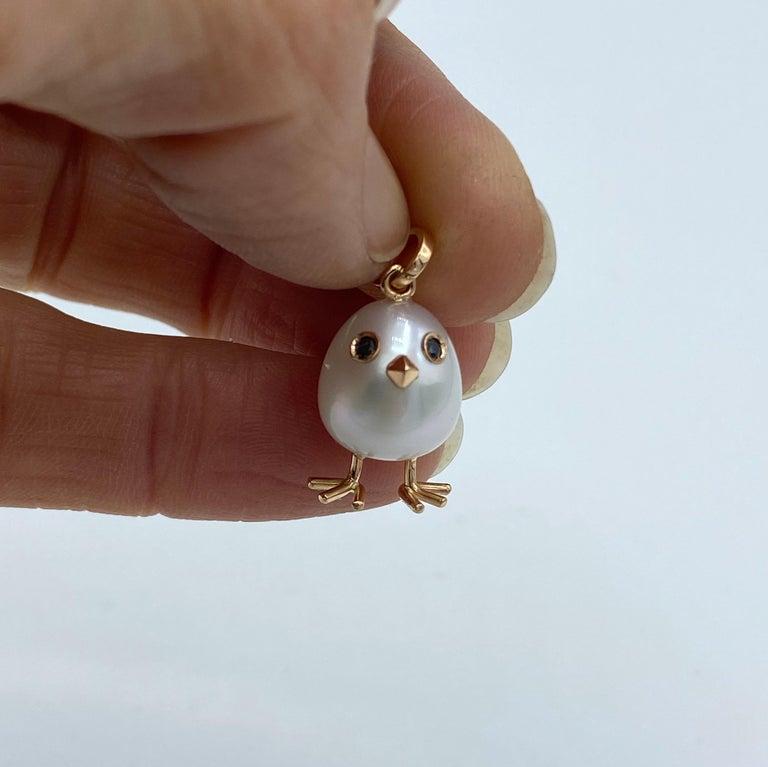 Chick Australian Pearl Black Diamond 18 Karat Gold Pendant Necklace For Sale 3