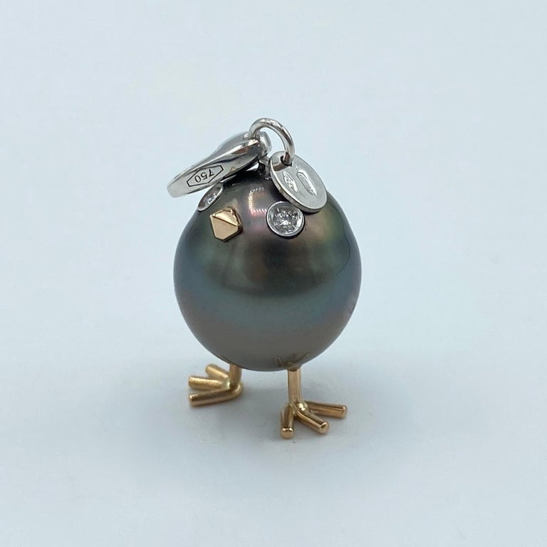 Chick Tahitian Pearl White Diamond 18 Karat Gold Pendant/Necklace Charm In New Condition For Sale In Bussolengo, Verona
