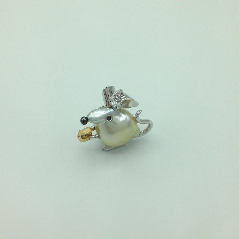 Diamond 18 Karat Gold Pear Mouse Pendant/Necklace or Charm Made in Italy 2