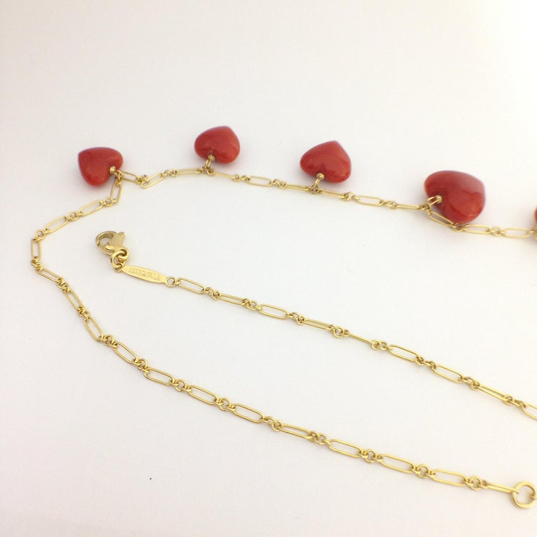 Petronilla Red Coral Heart Necklace Handmade in Italy 18 Karat Gold For Sale 2