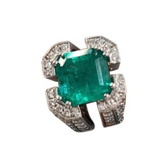 PGS Certified 7.18 Carat Columbian Emerald & Diamond Cocktail Ring in 18k Gold