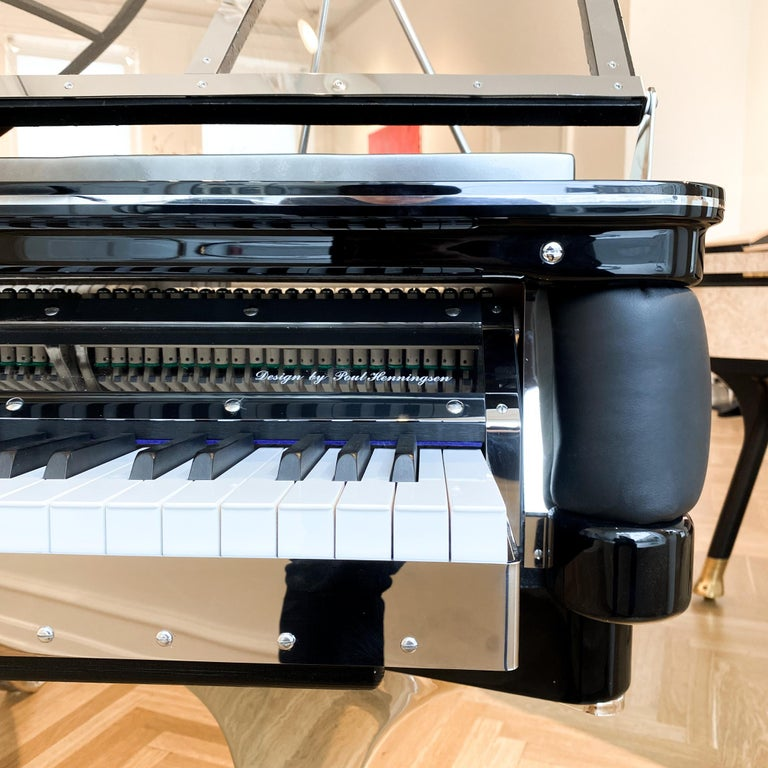 Danish PH Grand Piano PH150 Excellence, Black Leather with Chrome Lid For Sale