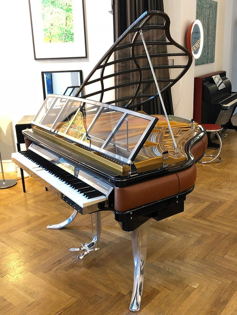 PH Grand Piano PH150 Excellence, cognac leather with chrome lid For Sale 2