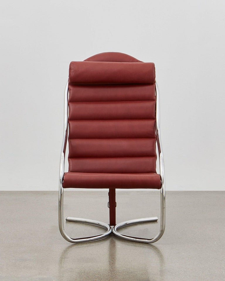 Take a deep breath and enjoy the moment! The PH Lounge Chair is a place to rest, to think and to relax. The frame of the PH Lounge Chair consists visually only of one long steel tube, bent in generous, dynamic lines for ultimate comfort. Where the
