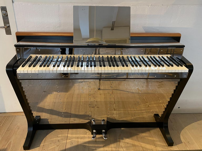 PH Pianette, Cognac Color Leather, Wood Panels and Chromed Metal Parts In Excellent Condition For Sale In Copenhagen, DK