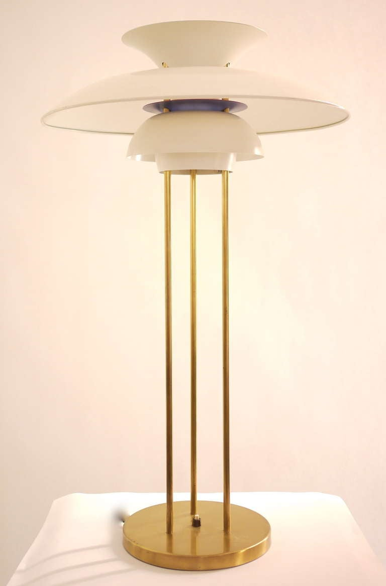 Mid-Century Modern PH5 Table Lamp by Poul Henningsen For Sale
