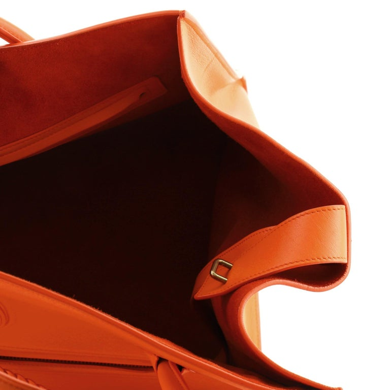Phantom Bag Smooth Leather Medium For Sale 5
