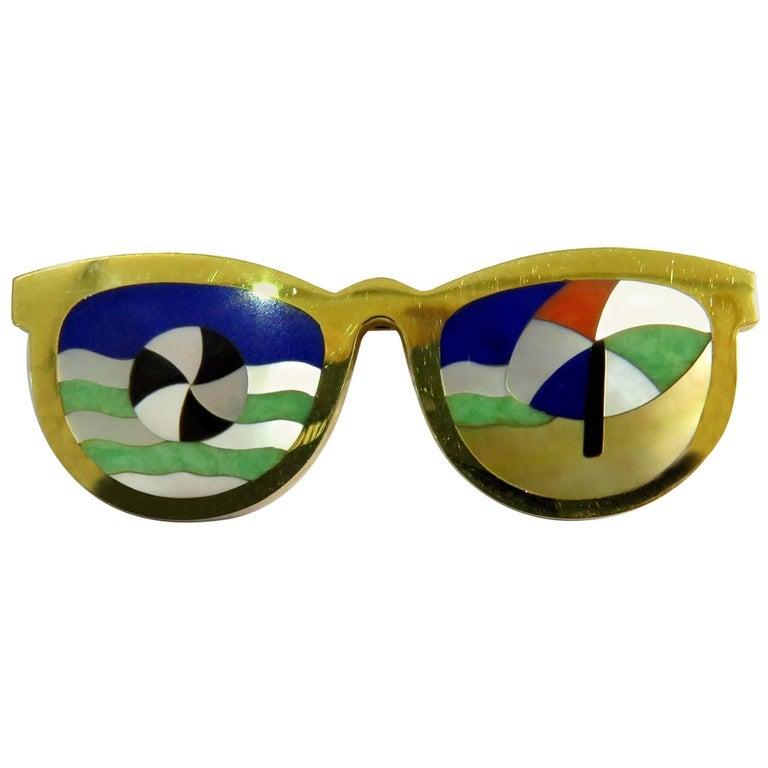 Phenomenal Multi Hard Stone Sunglasses Reflecting Beach Scene Gold Pin Brooch For Sale