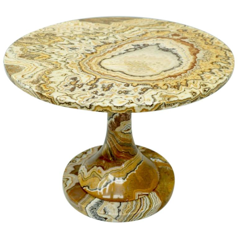 Phenomenal Onyx Stone Side Table, Italy, 1970s For Sale