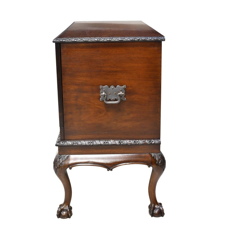 Philadelphia Centennial Mahogany Chest on Stand with Ball and Claw Feet For Sale 7