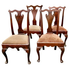 Philadelphia Queen Ann Chairs Walnut 18th Century Savery Type Set of Four