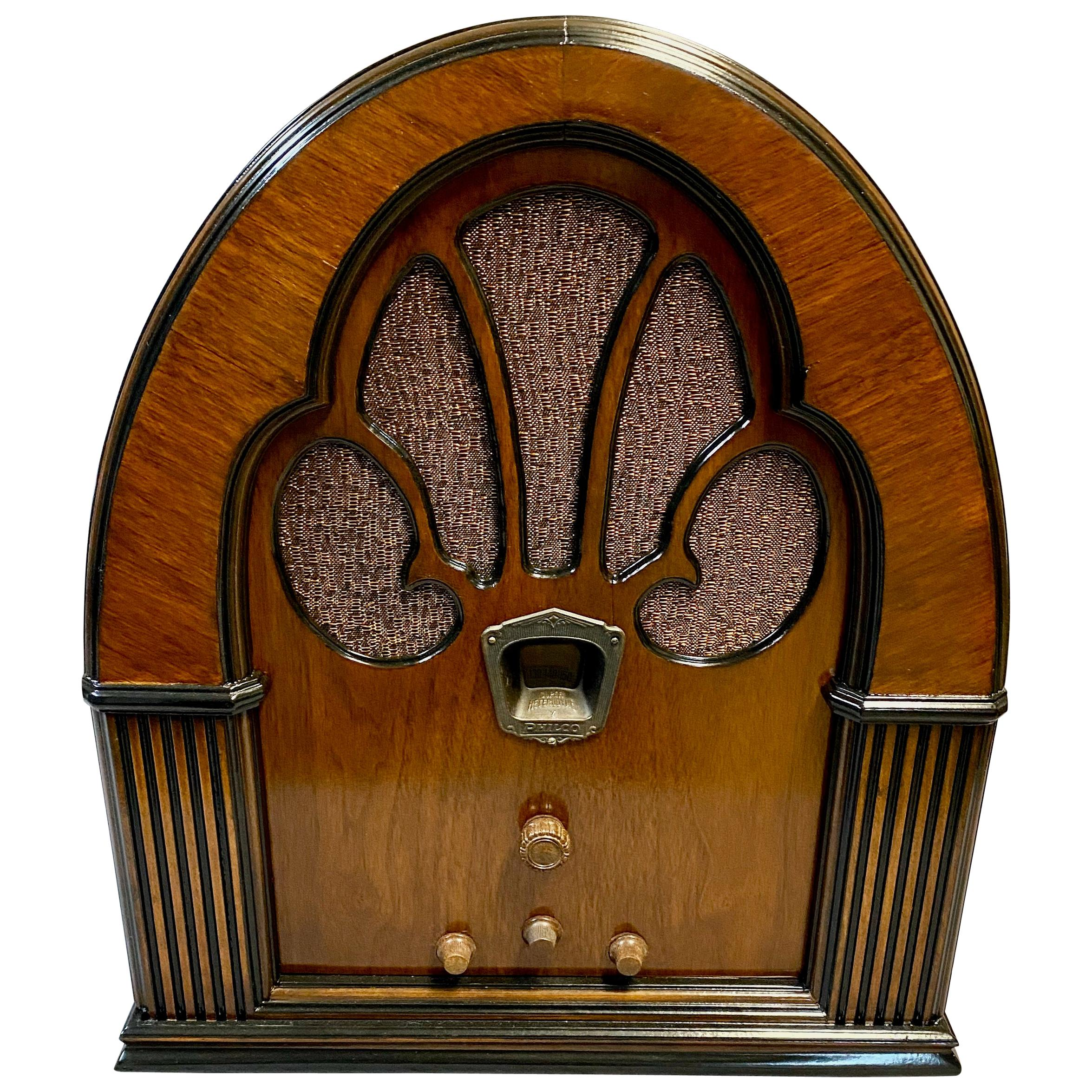 Philco Restored Tube Radio Model 70 Cathedral '1933' with MiniJack for Bluetooth