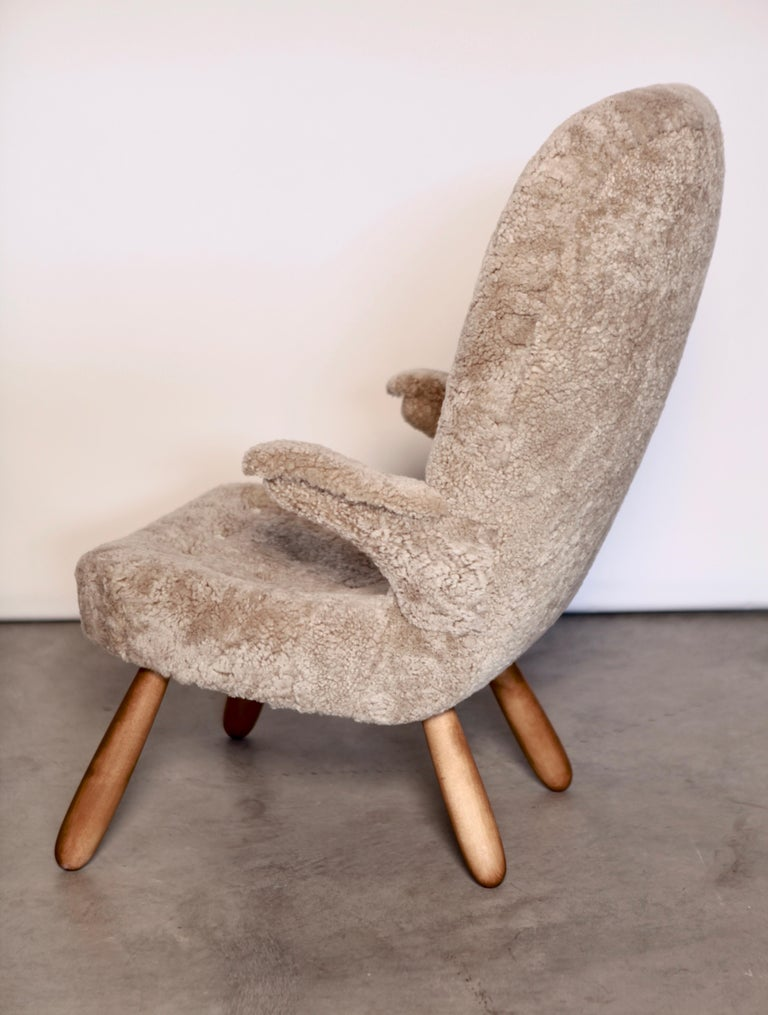 Philip Arctander, a Rare High Back 'Clam' Lounge Chair, Sweden, 1940s In Good Condition For Sale In , DE
