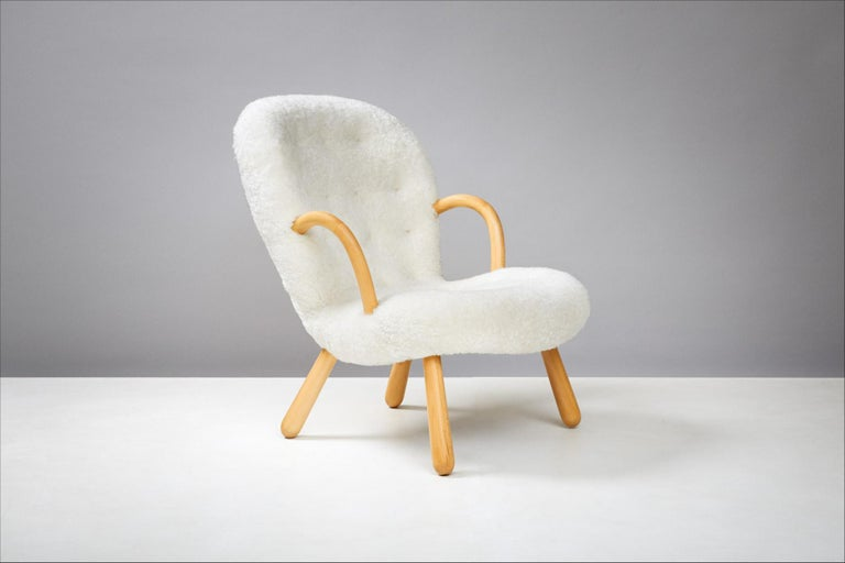 Mid-20th Century Philip Arctander Pair of Clam Chairs, 1950s For Sale
