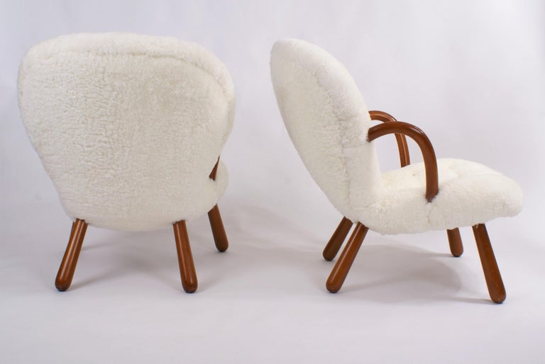 Philip Arctander Pair of 'Clam' Easy Chairs in Sheepskin, 1944 In Excellent Condition For Sale In Copenhagen, DK