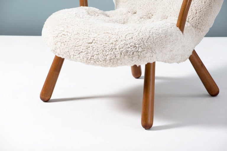 Philip Arctander Sheepskin Clam Chair, 1950s For Sale 1