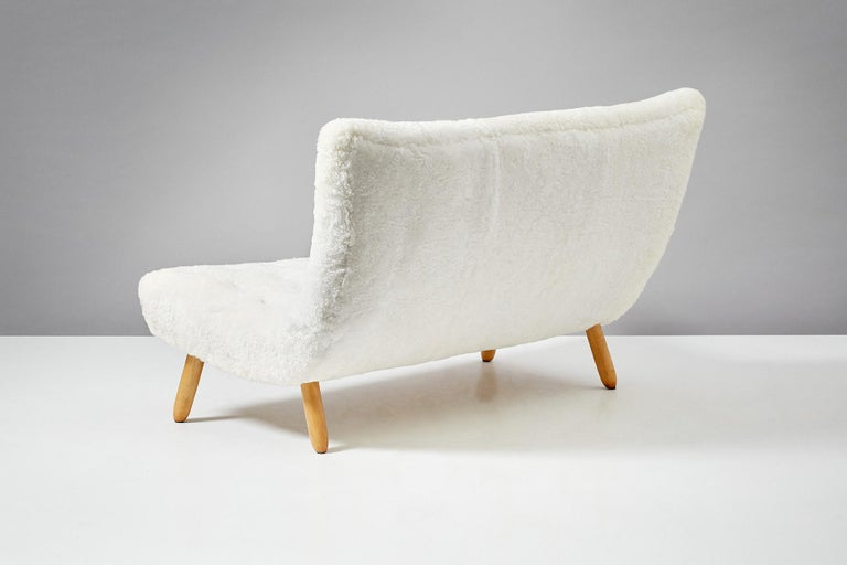 Scandinavian Modern Philip Arctander Sheepskin Clam Sofa, 1950s For Sale