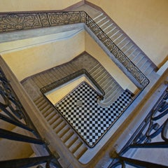 HOTEL-DIEU - CONTEMPORARY PHOTO-COLOUR - PHOTO- STAIRS - STAIRCASE - STEPS -