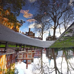 MOUNT ST. GDNS. PUDDLE REFLECTION - CONTEMPORARY PHOTO - COLOUR PHOTO - RAIN