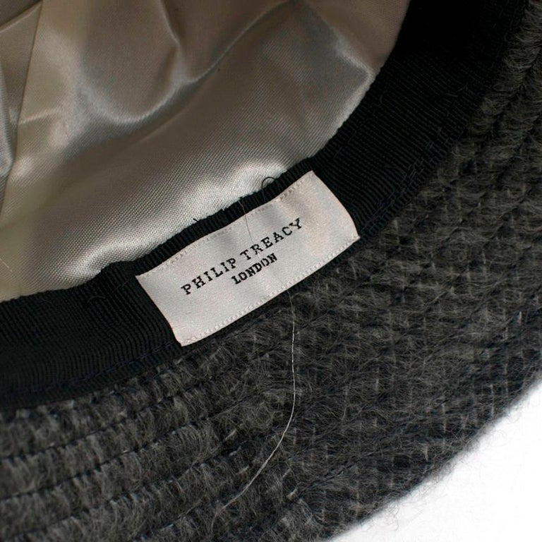 Philip Treacy Grey Wool Blend Bucket Hat  In New Condition For Sale In London, GB