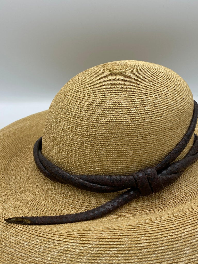 Philip Treacy London Beige Straw and Brown Animal Skin Leather Hat  For Sale 2