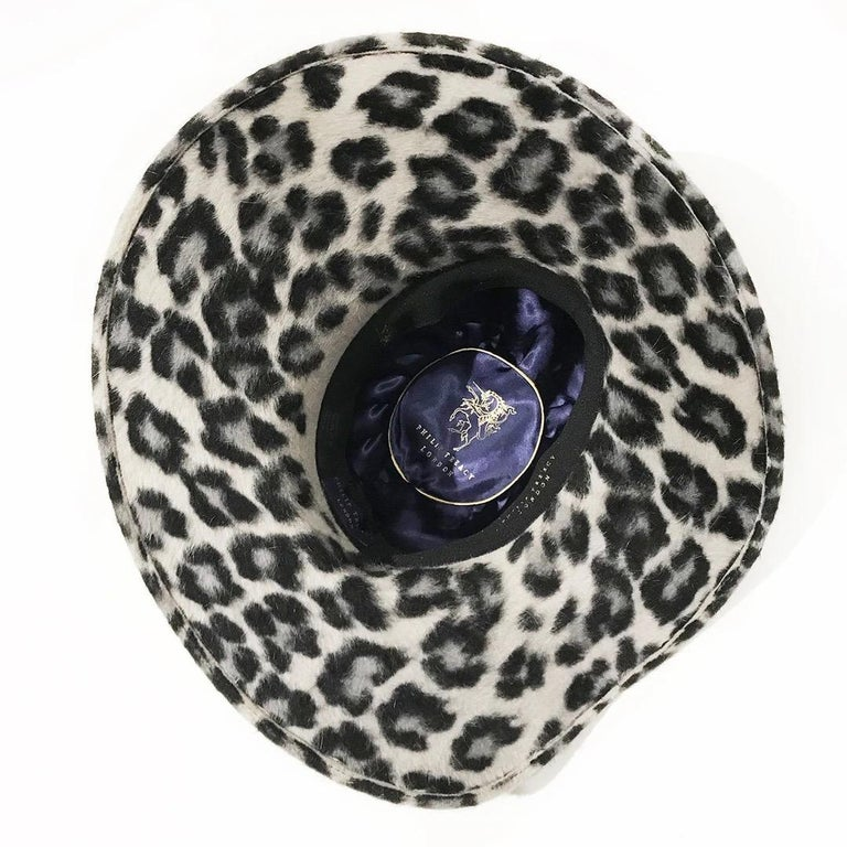 Philip Treacy Wide Brim Fedora Hat In Good Condition For Sale In Los Angeles, CA