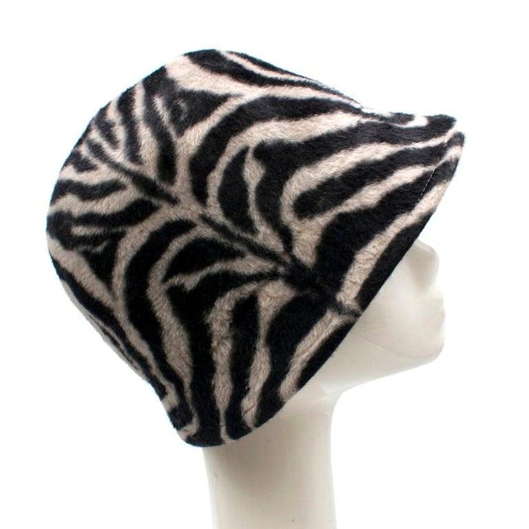 Gray Philip Treacy Zebra Wool Felt Hat For Sale
