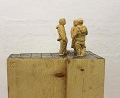 The Dispute - Wood sculpture, figurative sculpture, wood carving