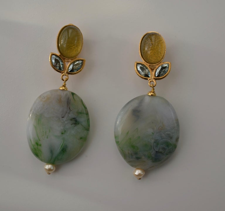 Philippe Ferrandis Agate and Glass Clip Earrings In New Condition For Sale In Virginia Beach, VA