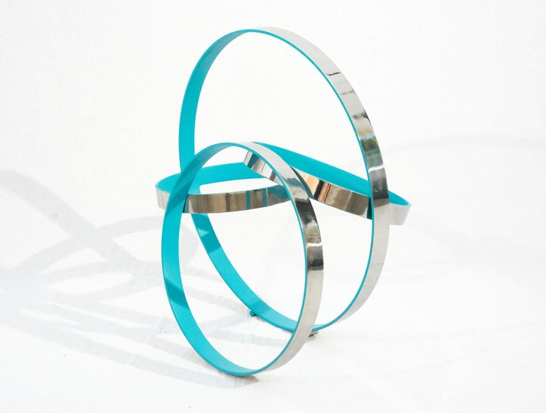 Four Ring Temps Zero Blue - White Abstract Sculpture by Philippe Pallafray