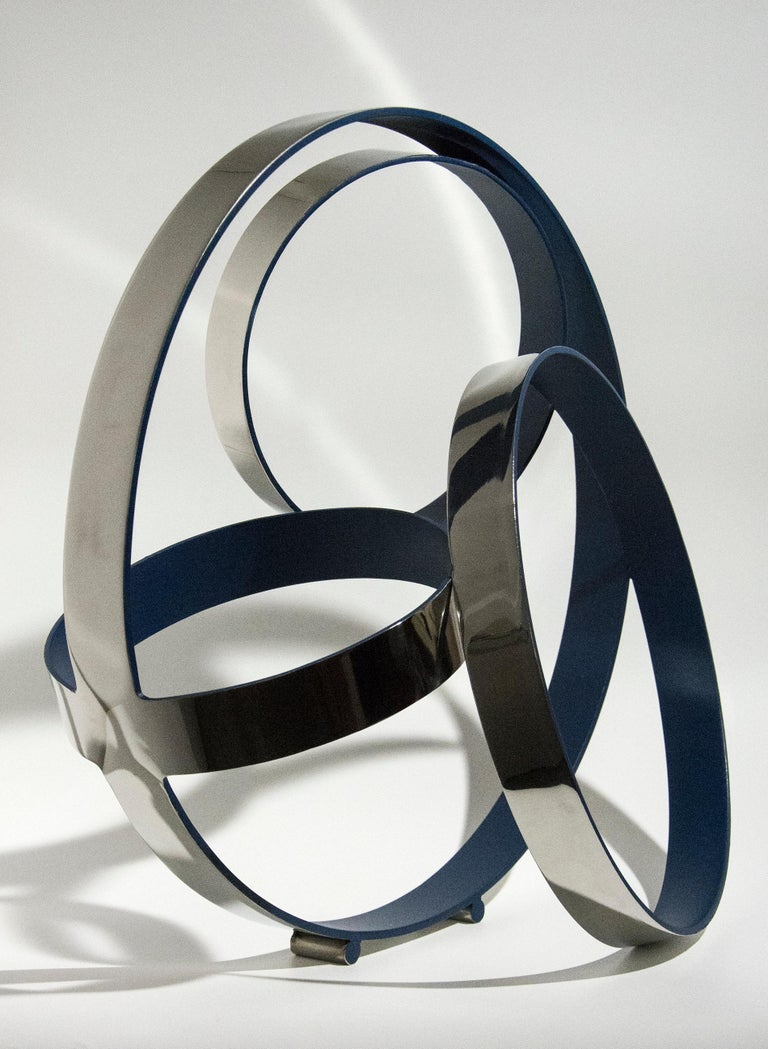 Four Ring Temps Zero Ultra Marine Blue - Sculpture by Philippe Pallafray