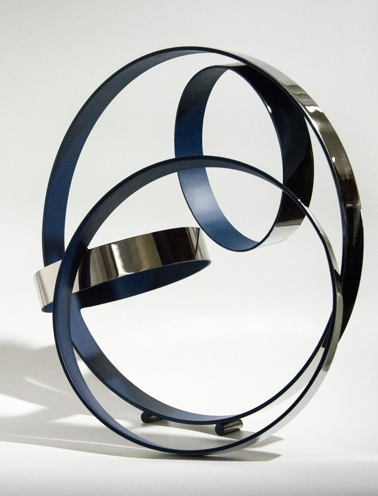 Four Ring Temps Zero Ultra Marine Blue - Contemporary Sculpture by Philippe Pallafray