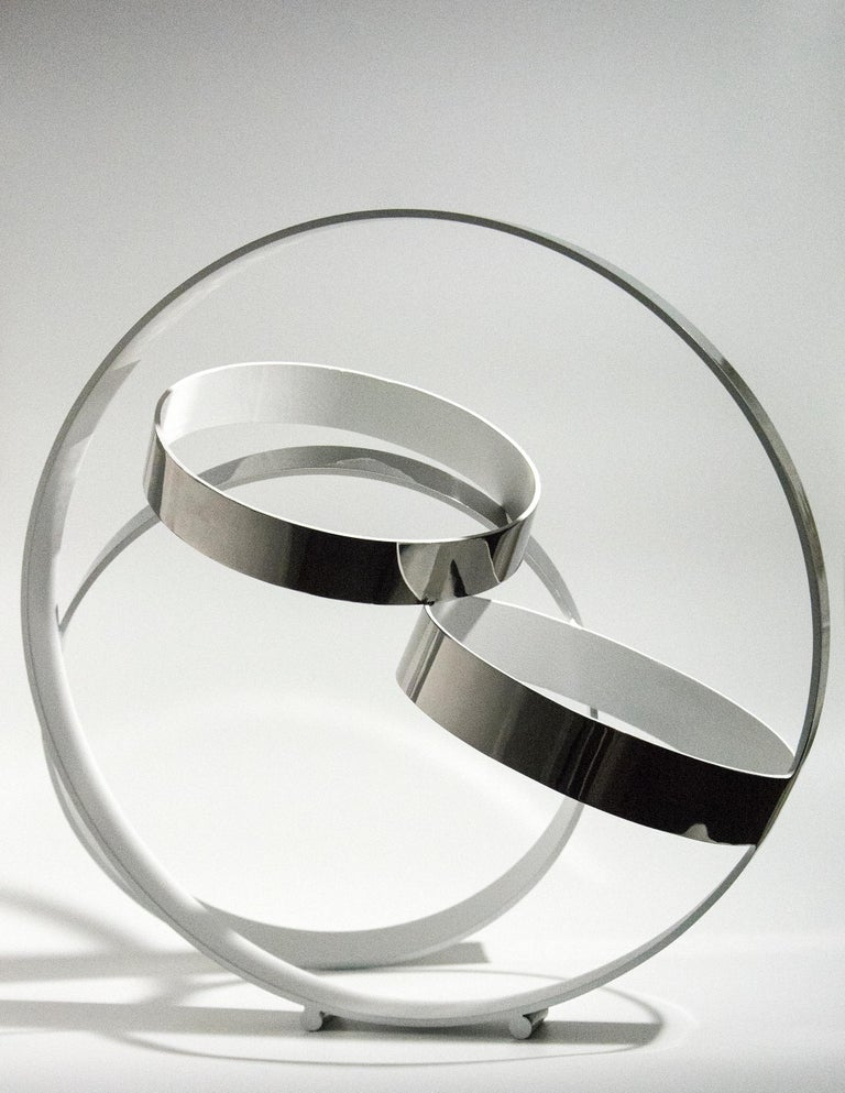 Four Ring Temps Zero White - Contemporary Sculpture by Philippe Pallafray