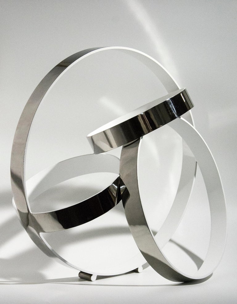 Philippe Pallafray Abstract Sculpture - Four Ring Temps Zero White