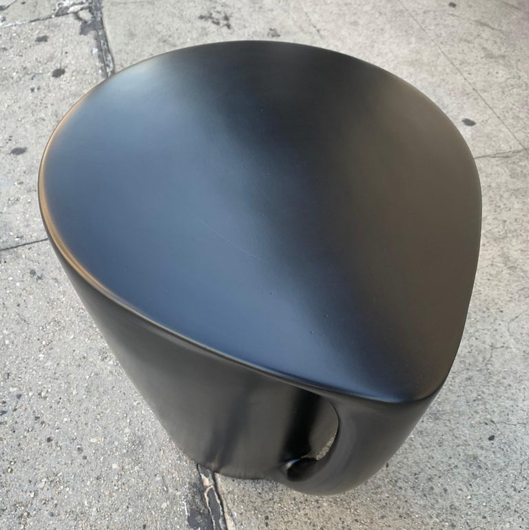 Philippe Starck 2008 Miss T XO Icon Porcelain Seat or object d'art In Good Condition For Sale In Los Angeles, CA
