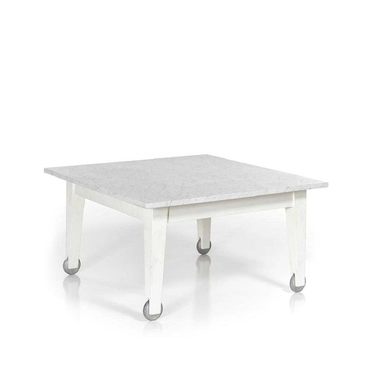 Post-Modern Philippe Starck Delano Carrara Marble White Coffee Table, Casters, Postmodern For Sale