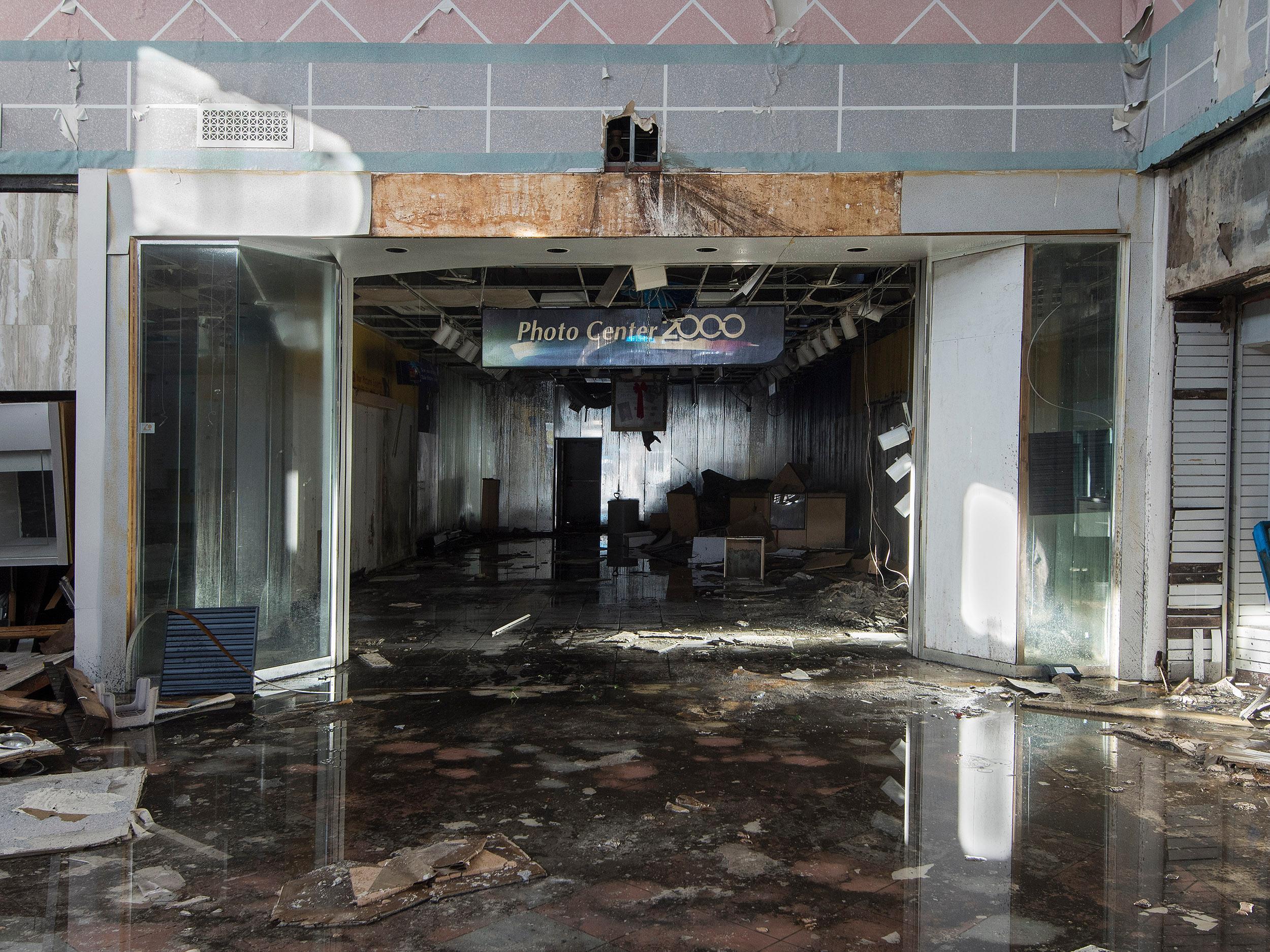 """Photocenter 2000"" Wayne Hills Mall, New Jersey (Modern Ruins) color photograph"