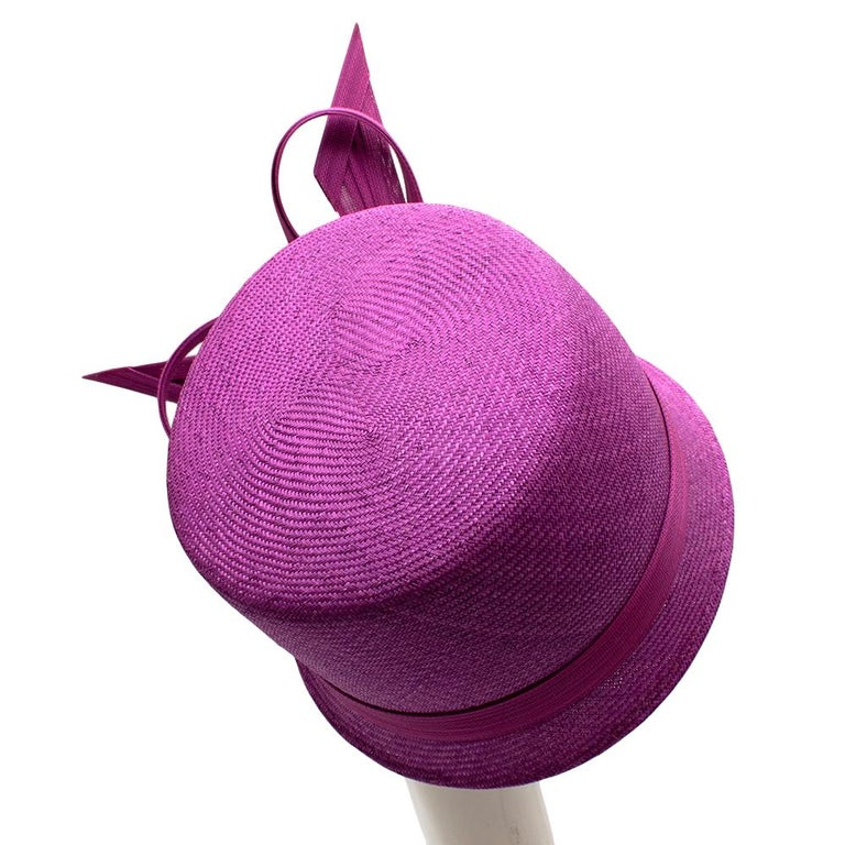 Phillip Treacy Magenta Parasisal Occasion Hat In Excellent Condition For Sale In London, GB