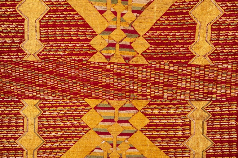 Indian Phulkari Wedding Shawl, Silk Embroidery on Cotton, Early 20th Century For Sale