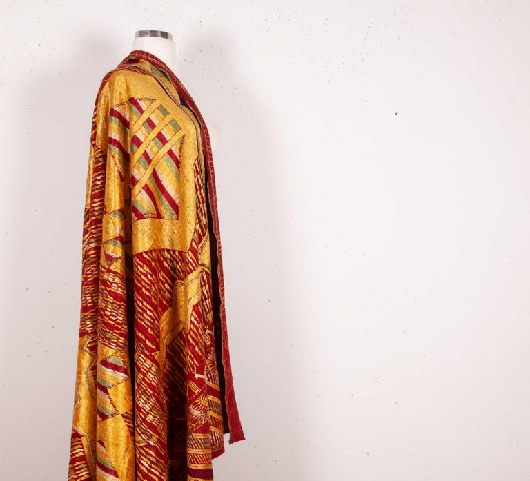 Phulkari Wedding Shawl, Silk Embroidery on Cotton, Early 20th Century For Sale 1
