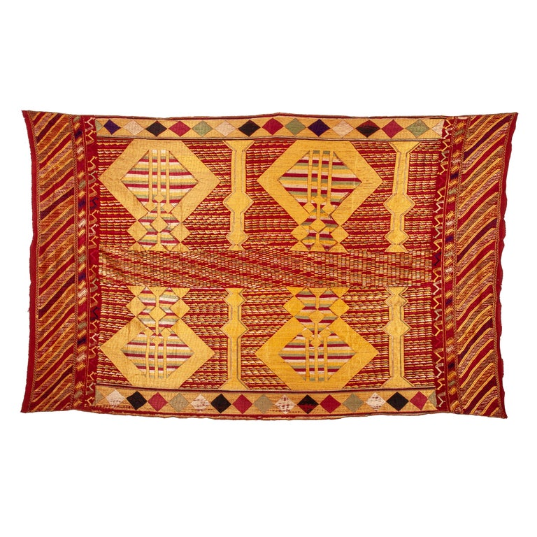 Phulkari Wedding Shawl, Silk Embroidery on Cotton, Early 20th Century For Sale
