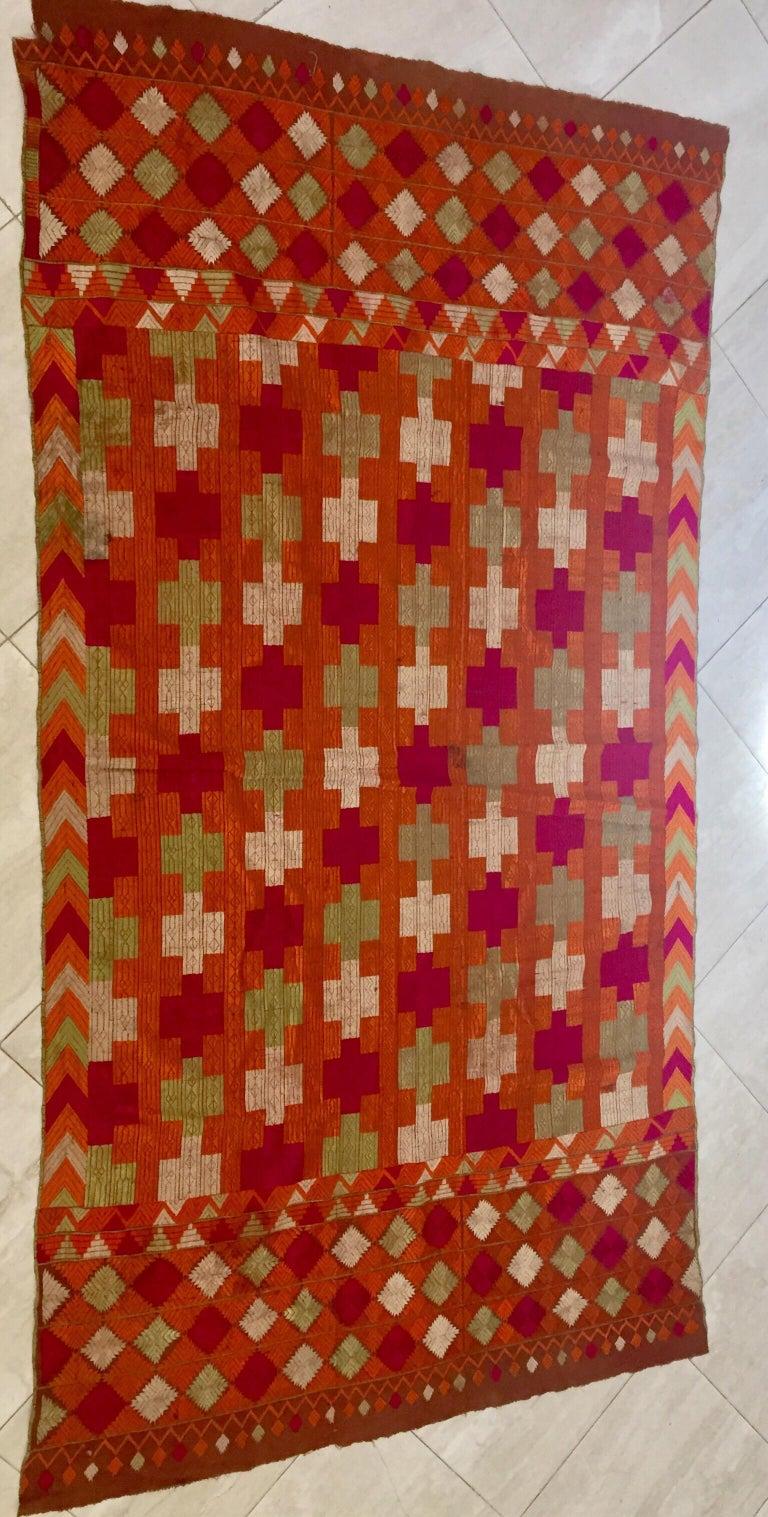 Phulkari Wedding Shawl, Silk Embroidery on Cotton, Punjab India, 20th Century For Sale 4