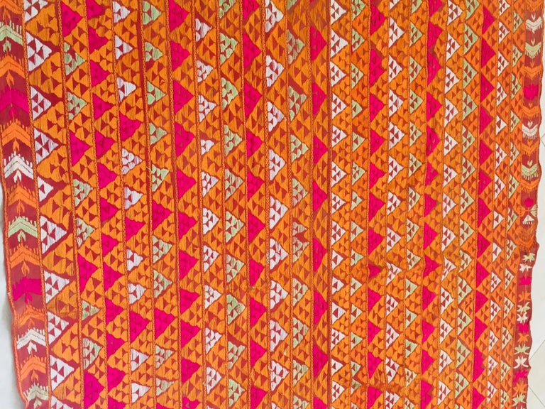 Phulkari Wedding Shawl, Silk Embroidery on Cotton, Punjab India 20th Century For Sale 5
